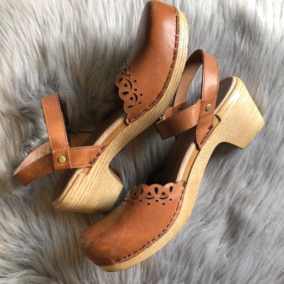 6b06f92718e6 Dansko Shoes - Dansko Marta Heeled Sandal